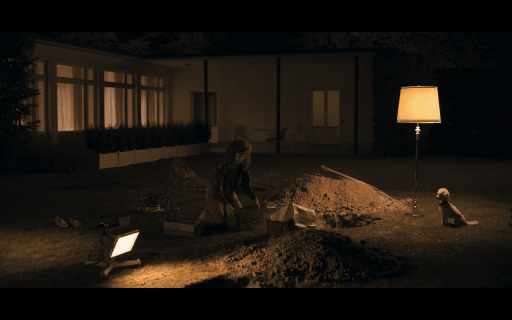 Claudia Finds Time Machine (Dark Tv series timeline)